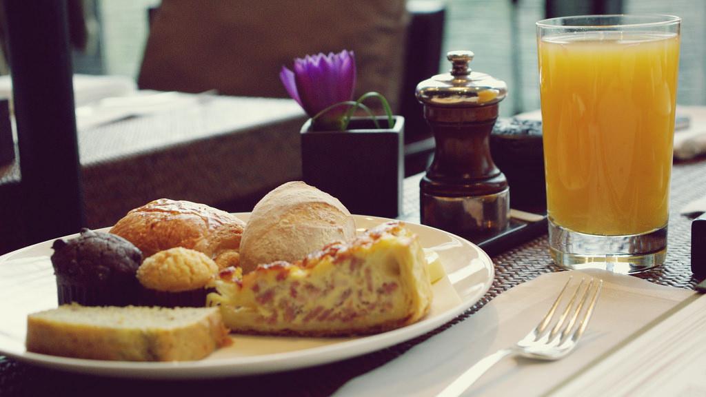 breakfast 28954266253_03f9272f35_b
